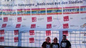 """""""Nazis raus aus den Stadien"""""""
